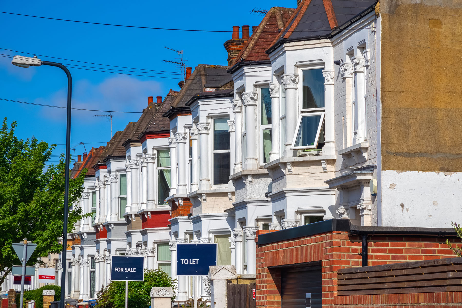 UK House Prices See Highest Growth In Six Years In 2020. The average UK house price has gone up by 7.5% this year, according to the Nationwide Building Society
