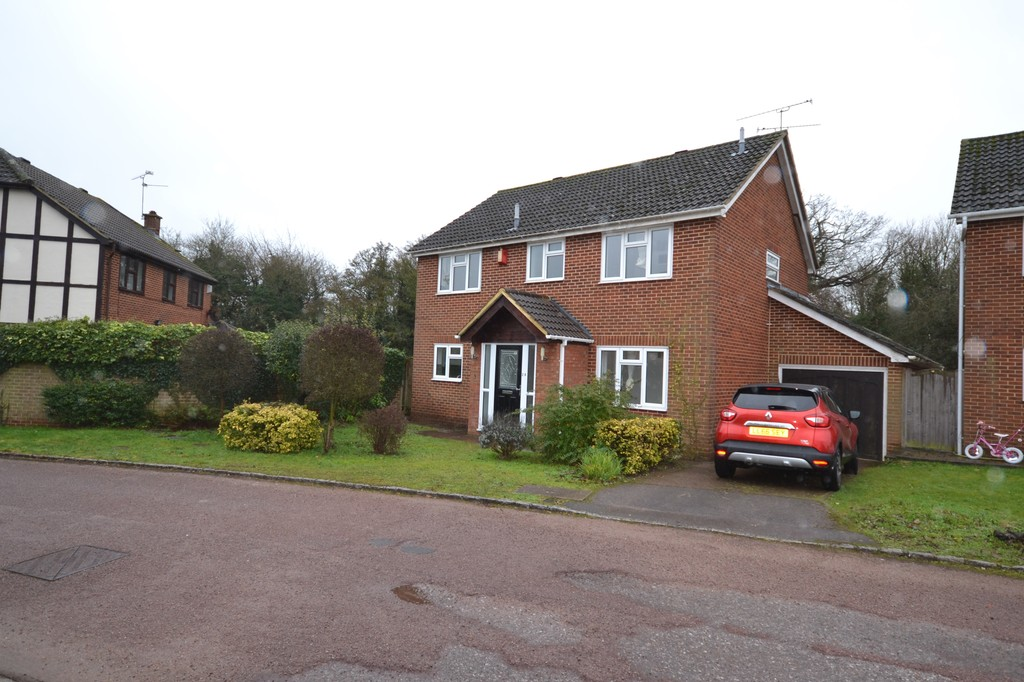 4 bedroom property to let in Lower Earley
