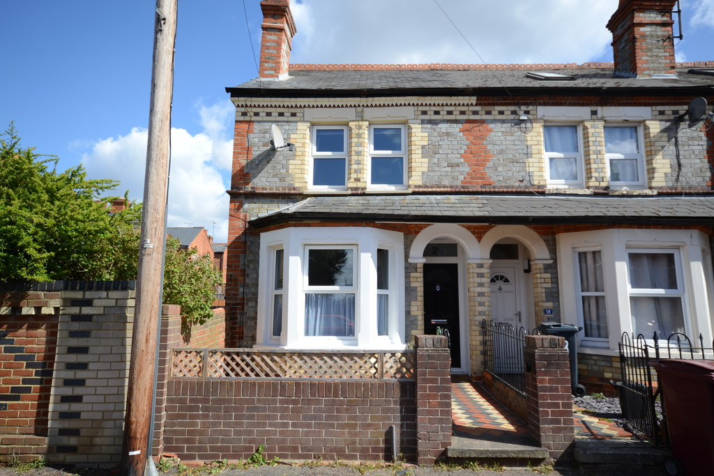 3 bedroom property for sale in Rowley Road, Reading